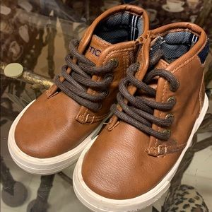 Mid Rise toddler boots